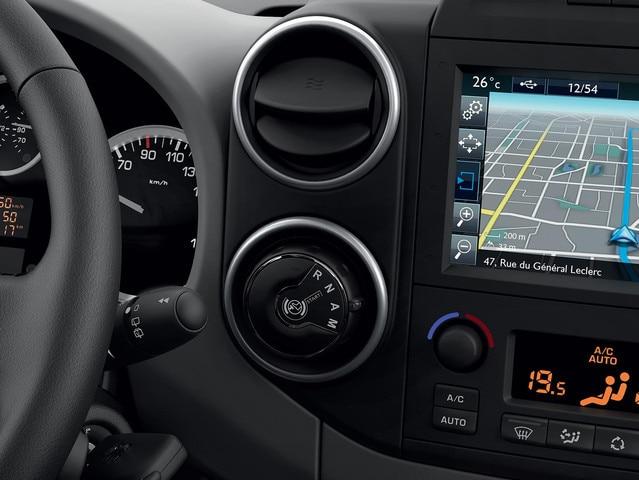 PEUGEOT-Partner-Kastenwagen-Technologie-Getriebe-wechseln