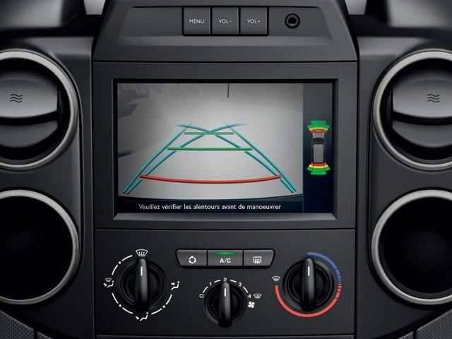 PEUGEOT-Partner-Kastenwagen-Technologie-Rückfahrkamera