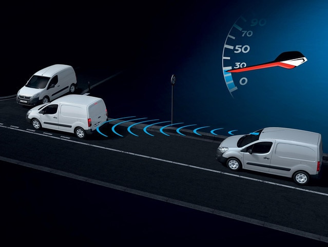 PEUGEOT-Partner-Kastenwagen-Technologie-Sicherheit-active-city-brake