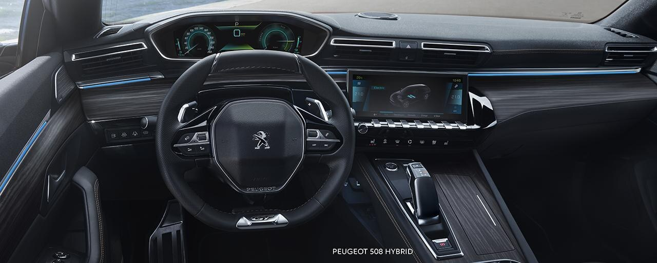 Neuer-PEUGEOT-508-SW-Hybrid-i-Cockpit®