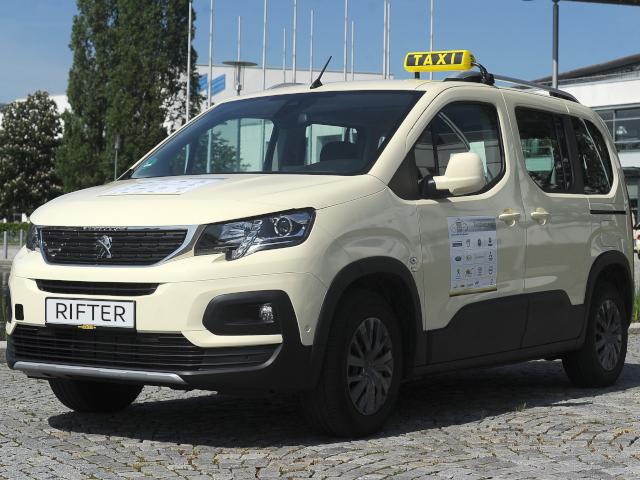Taxi-PEUGEOT-RIFTER