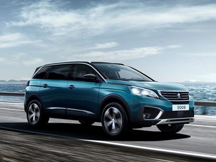 SUV PEUGEOT 5008 Amplified Experience