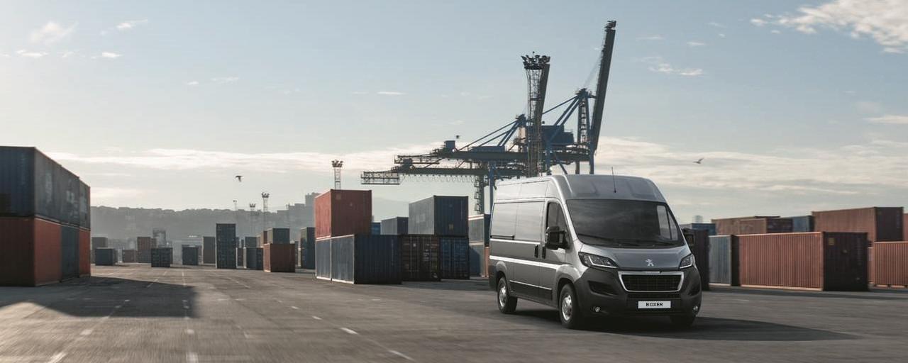 Kastenwagen-PEUGEOT-Boxer-Container