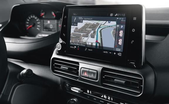 PEUGEOT-Partner-Kastenwagen-Navigationssystem