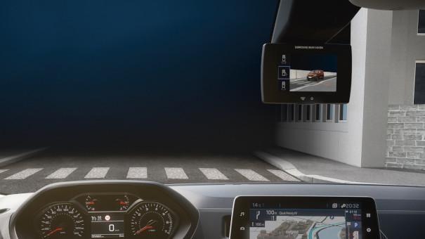 Neuer-PEUGEOT-Partner-Kastenwagen-Surround-Rear-Vision-neue-Assistenzsysteme