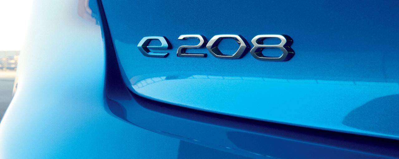 PEUGEOT-208–Logo-e-208