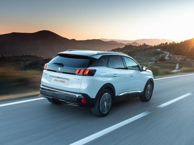 Plug-In Hybrid PEUGEOT SUV 3008 Frontantrieb