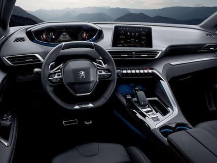 SUV-PEUGEOT-3008-Fahrerraum-i-Cockpit®