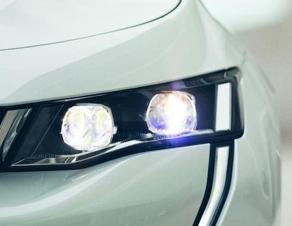 Neuer PEUGEOT 508 Hybrid, App My PEUGEOT zur Verwaltung des Fahrzeugs