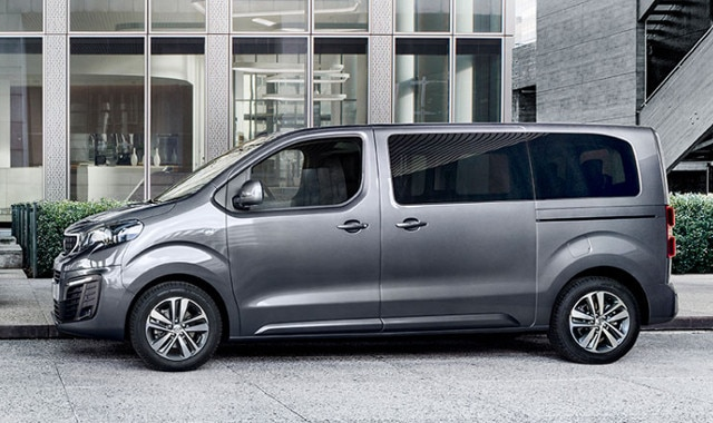 PEUGEOT-Traveller-Business-Design-kompakt-modern