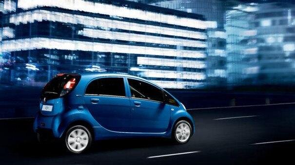 PEUGEOT Elektroauto Design