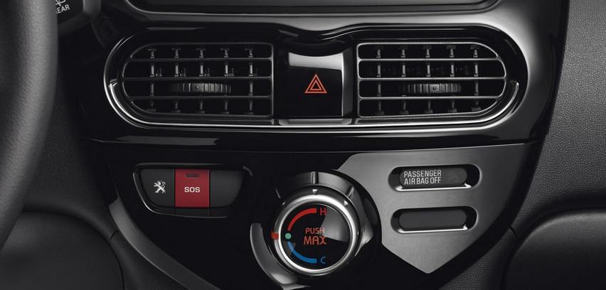 PEUGEOT Elektroauto Innendesign Funktionen