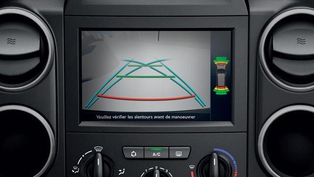 PEUGEOT-Partner-Kastenwagen-Mirror-screen