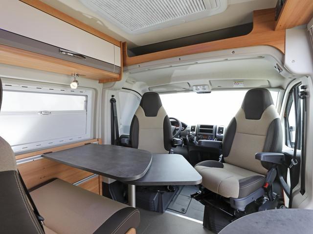 PEUGEOT-Wohnmobil-Umbauten-Innendesign